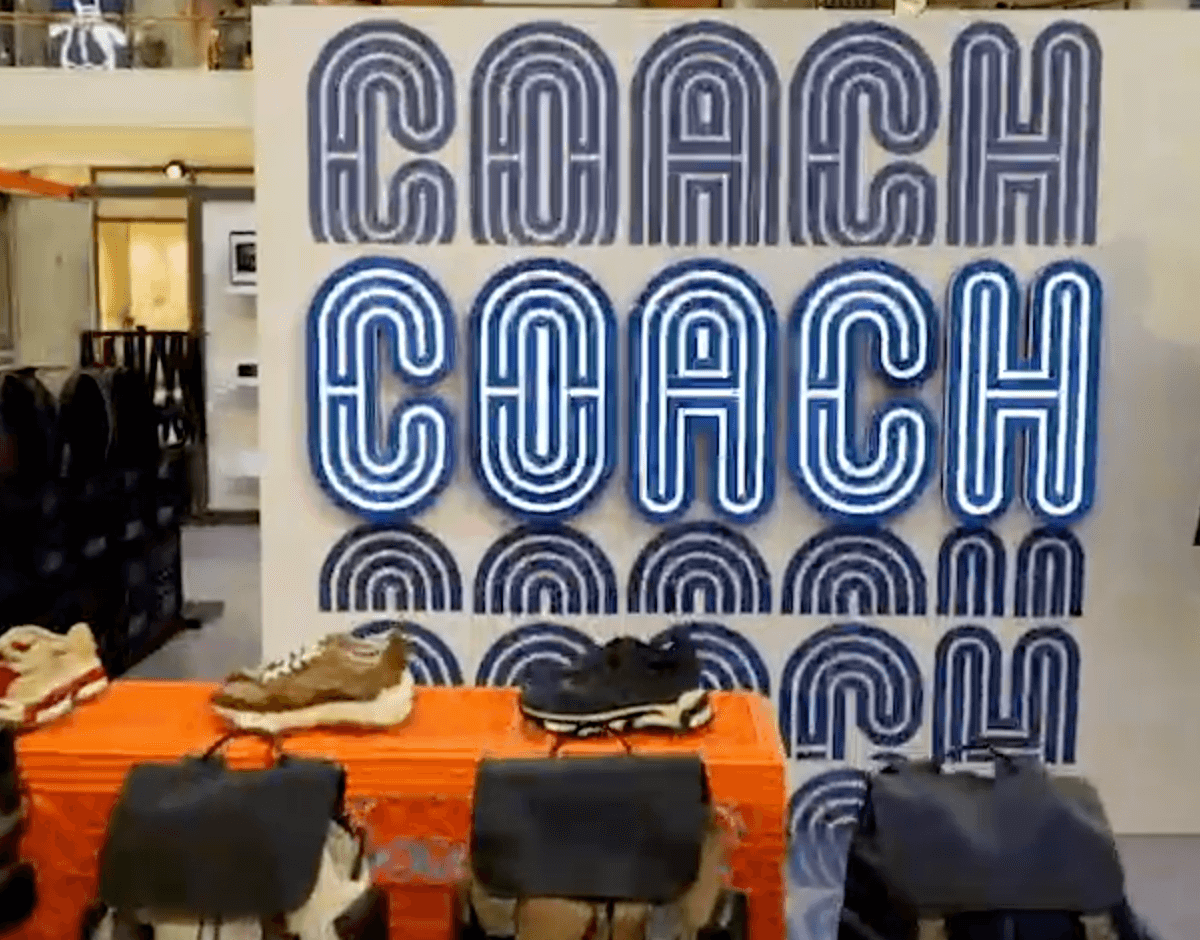 Coach Pop-Up Experience at Aventura Mall, Turnberry Media